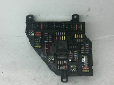 Fuse Box Engine Trunk Mounted Fits 12 BMW 528i 199403