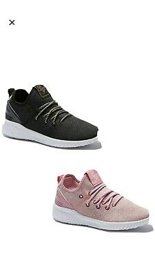 Girls Beck and Hersey Supremecy Trainers Size 4 Infant Boxed