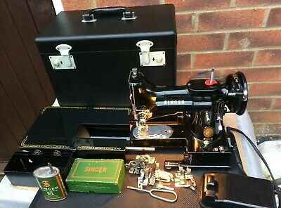 1954 Vintage Singer 222K  Free Arm Featherweight Sewing Machine with attachments