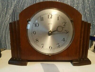 Art Deco Style Vintage Wooden SMITHS  Wind Up Mantle Clock (Made in G. Britain)
