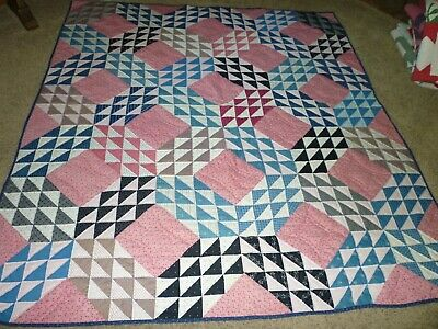 "Antique ""Ocean Waves"" Quilt  No Issues Hand Quilted"