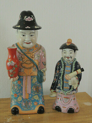 A Pair Of Chinese 19Th Century Porcelain Figures