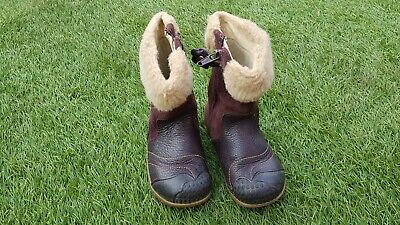 BOOTS for girls Infants Toddlers from CLARKS. Size UK 5F