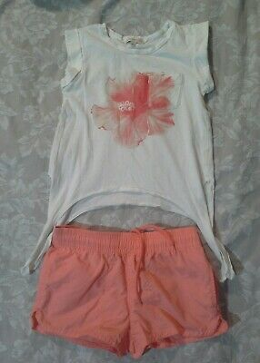 GIRL'S witchery & Target shorts and tshirt SIZE 6- 7  Guc