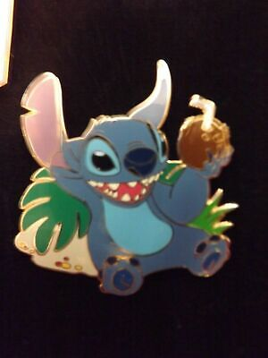 Disney Auction Pins Lilo &  Stitch Drinking From Coconut Limited Edition 1000