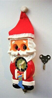 Vintage Father Christmas Wall Clock - Moving Eyes
