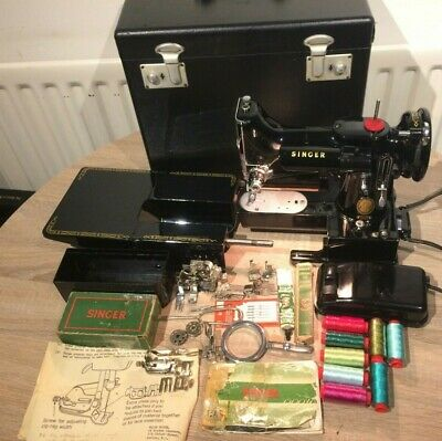 1954 Vintage Singer 222K Featherweight Free Arm Sewing Machine with Accessories