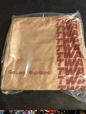 TWA - Vtg 70s-80s Tan Canvas Duffle Gym Travel Airline Bag Luggage Carry On