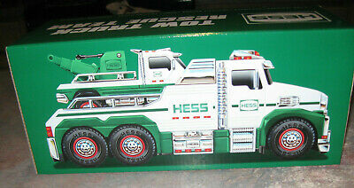 Hess 2019 Holiday Toy Truck - Tow Truck Rescue Team  NIB Sealed