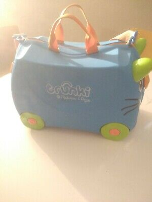 Trunki Original Kids Ride-On Suitcase and Carry-On Luggage Terrance (Blue)-used