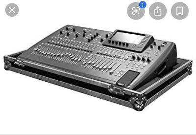 behringer x32 digital mixer With Road Case