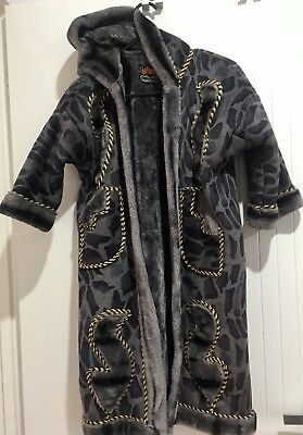 Girls quality  fur lined warm  Coat  Size 12 - 14 AS NEW