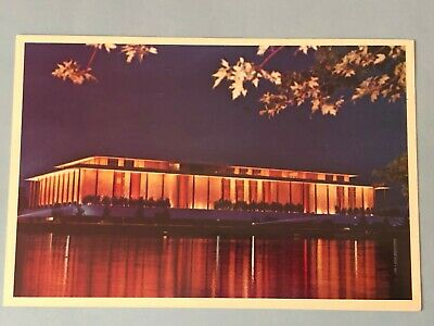 Vintage postcard Potomac River view JF Kennedy Center Performing Arts (M84)