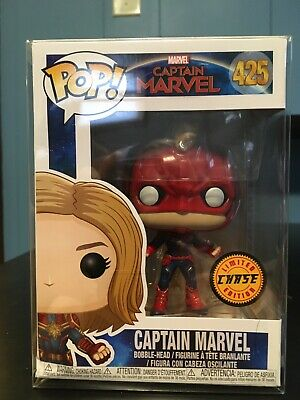 Funko POP! Captain Marvel #425 Limited Edition w/ Soft Protector