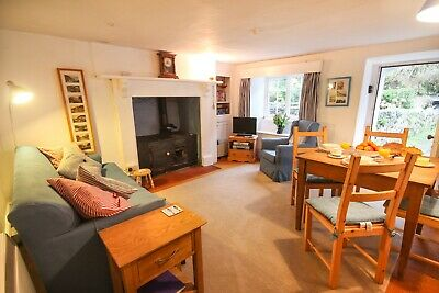 2 Night Short Break To Let In Bucks Mills, N. Devon. Few Mins. Walk To Sea.