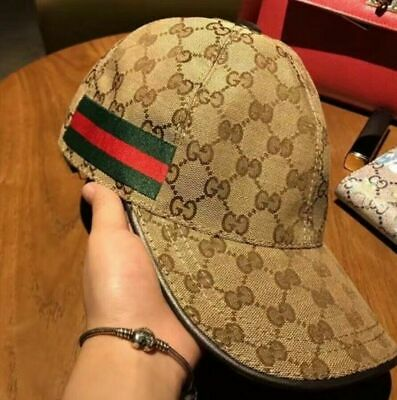Auth Gucci  male/female  canvas baseball cap adjustable Size M 18+