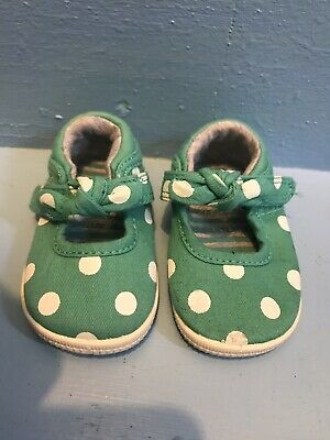 Size 1 Green And White Polka Dot Shoes