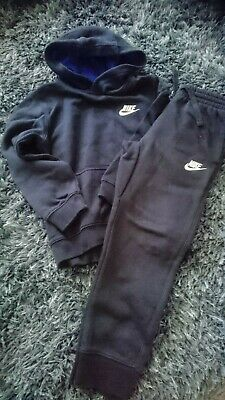Navy blue Nike hoodie and bottoms age 6-7 years rrp £50