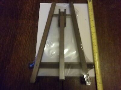 Lightweight Small stained wood easel 22 x 30cm - brand new