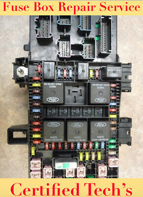 2003 lincoln navigator fuse box 2003 2006 ford expedition lincoln navigator fuse box  core 2003 lincoln navigator fuse box under hood 2003 2006 ford expedition lincoln