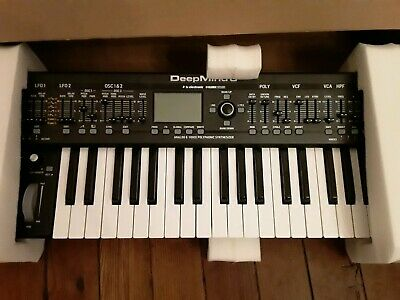 Behringer Deepmind 6 voice analog polyphonic synthesizer sequencer arpeggiator