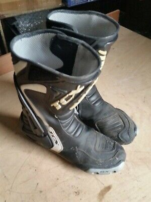 TCX MOTORCYCLE RACE BOOTS SIZE 10 43 black and white professional boots