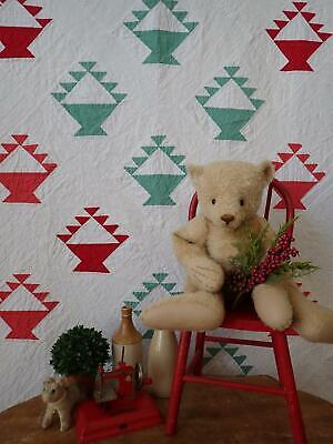"""Vintage Country Christmas! Red & Green Basket QUILT 97x61"""""""