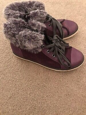 Clarks Older Girls Purple Leather Glitter Fur Ankle Daisy Boots Size 1F Vgc