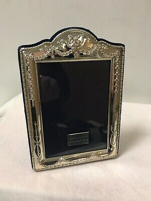 Sterling 925 Silver Frame Carrs Boxed Item Unused 6.5 x 4.5 outer Frame