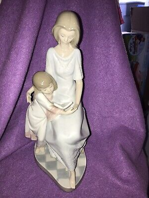 """LLadro """"Bedtime Story"""" 5457 Figurine Mother Daughter Child Reading Mint -no Box"""