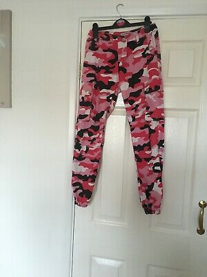 Girls New Look Camo Cargo Trousers Jeans Age 10