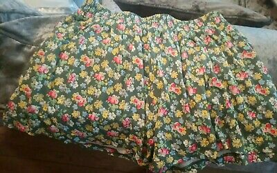 NEXT Girls Floral Ditsy Shorts AGE 7 Y EXCELLANT COND