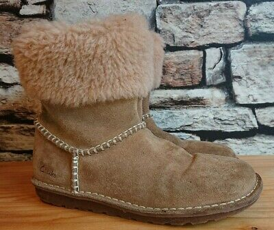 Clarks brown suede ankle boots girls uk size 2.5 F *vgc*