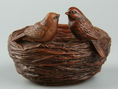 Chinese Exquisite Hand-carved bird Carving Boxwood Bird nest statue