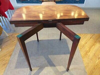 MAHOGANY tea card console table ANTIQUE circa 1800 GEORGIAN , FOLDING beize TOP