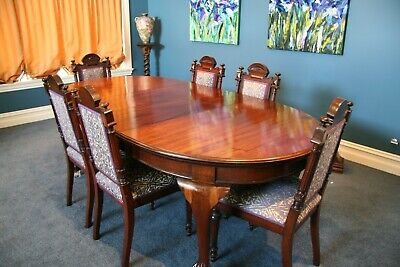 Antique Mahogany Extendable Dining Table