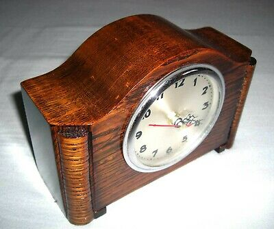 Beautiful Art Deco Style Small Wooden Desk / Mantle Clock