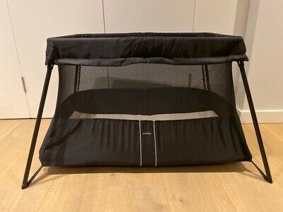 Baby bjorn travel cot - Black - lightly used, Excellent Condition
