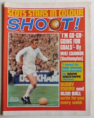 SHOOT Football Magazine - 24 October 1970 - Crystal Palace, Bob Chapman