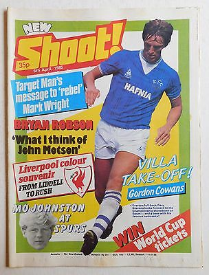 SHOOT Football Magazine - 6 April 1985 - Steve McCall, Alan Curtis