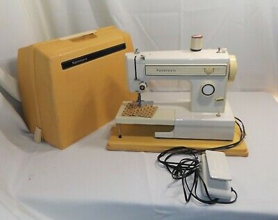 Vintage Kenmore Zig Zag Sewing Machine model 158.1212180, w/ Case, Ready to Sew
