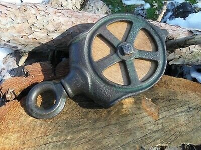 Antique VINTAGE CAST Iron/ WOOD PULLEY PRIMITIVE FARM TOOL ORNATE RUSTIC DECOR