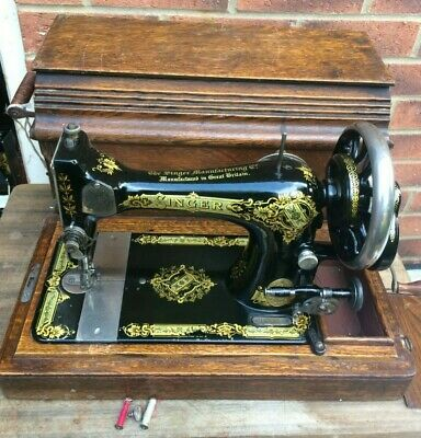 1911 Singer 28K HandCrank Antique/Vintage Sewing Machine with Victorian Decals