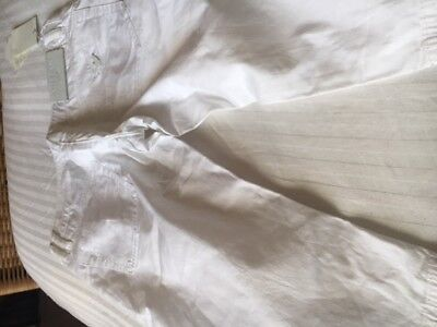 Girls Age 14 Armani Junior White Cotton Knee Length Shorts Tagged 100% Authentic