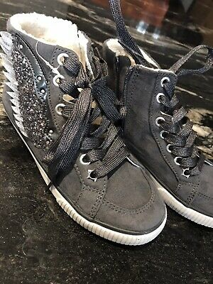 BNWT Junior NEXT Girls Trainer Style Boots Size 13 With Wings