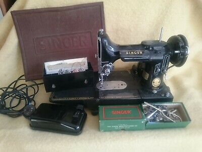 Vintage 222K Featherweight Singer Sewing Machine And Accessories