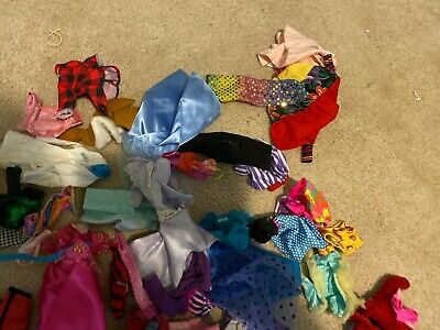Gigantic lot of vintage Barbie doll clothes and accessories - NICE