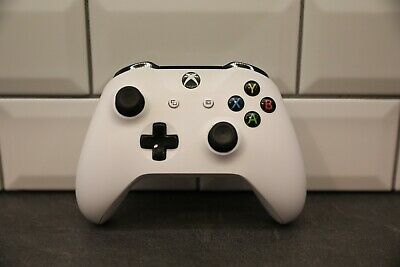 Genuine Official Microsoft  Xbox One 1708 Wireless Controller - White