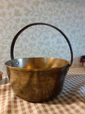 """Vintage brass jam pan with fixed handle.  Small 10"""" approx x 5"""" approx"""