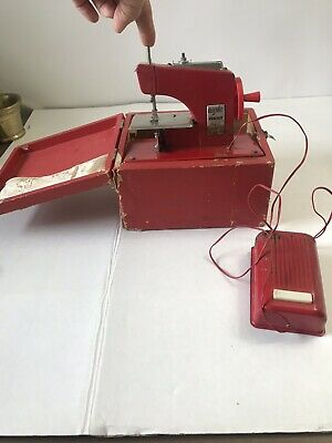 VINTAGE 1940's Red Childs Sewing Machine